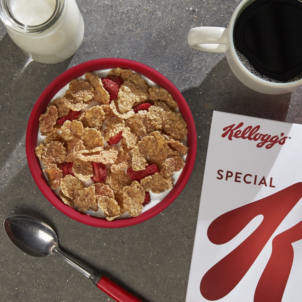 slide 2 of 3, Special K Red Berries Cereal - Kellogg's,