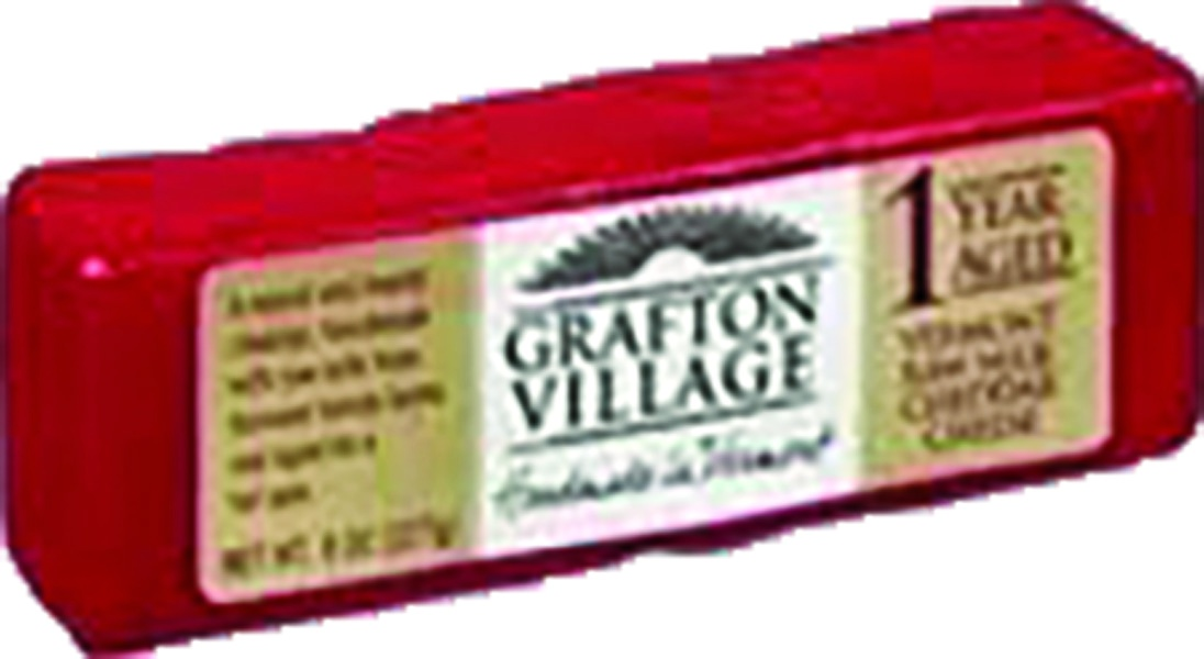 slide 1 of 1, Grafton Village Cheese Company Raw Milk Cheddar Cheese,